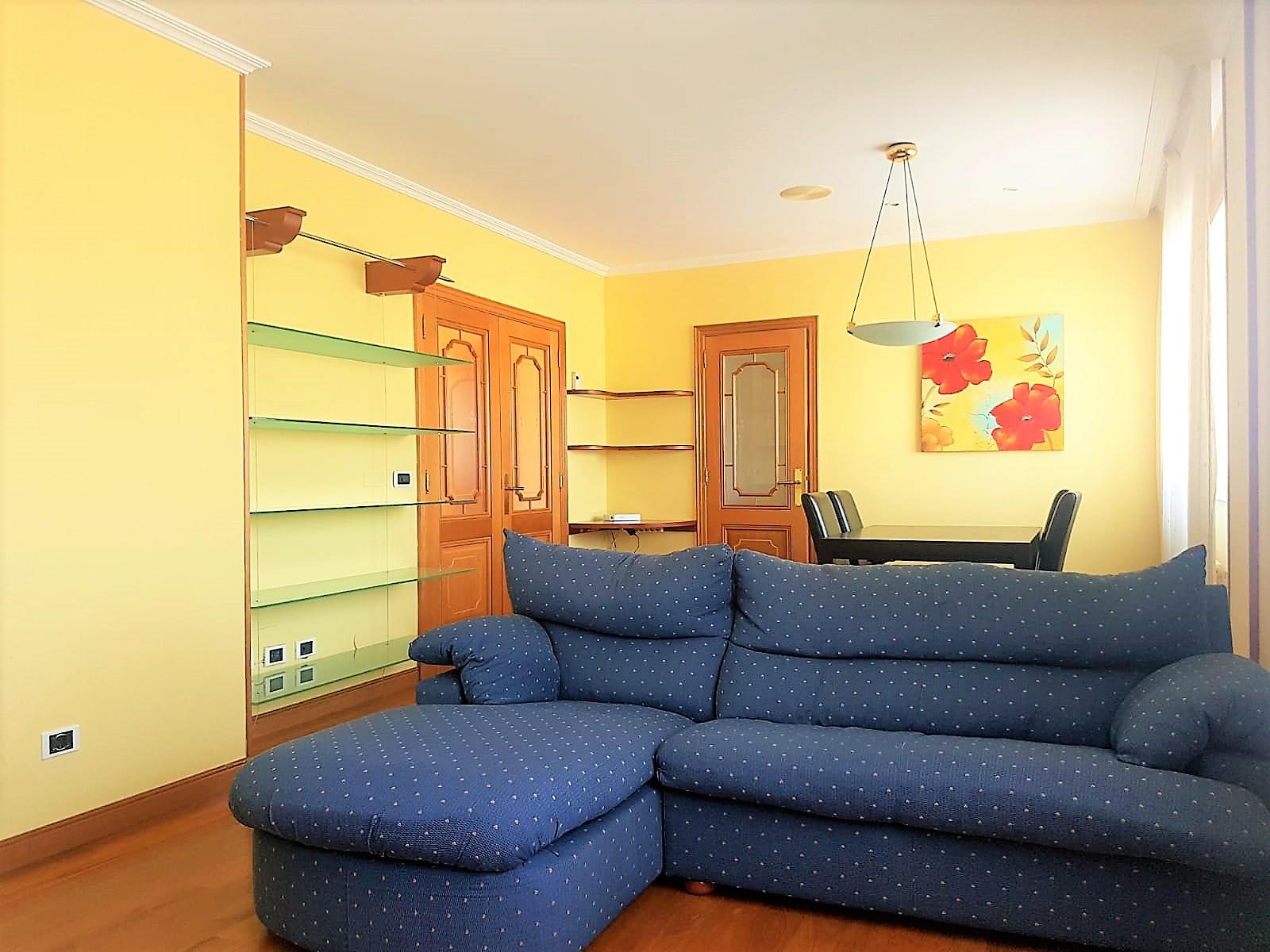 Apartamento muy luminoso  – próximo al auditorio nuevo, en zona sur de Lugo