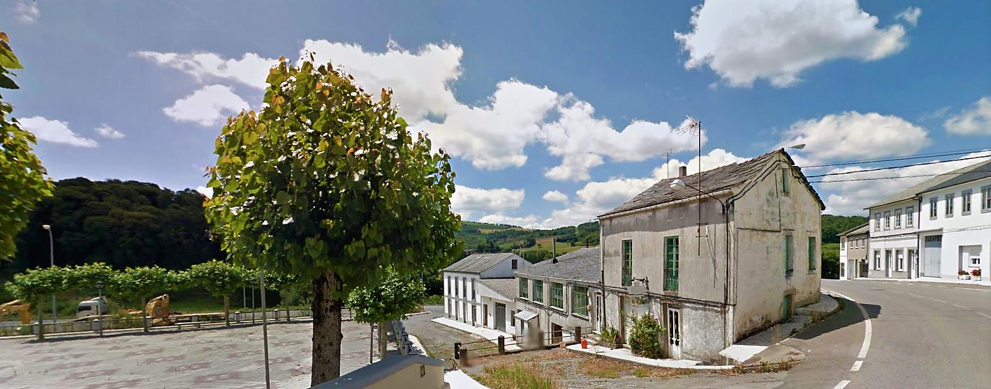 Casa para albergue – en Baleira (O Cádavo)