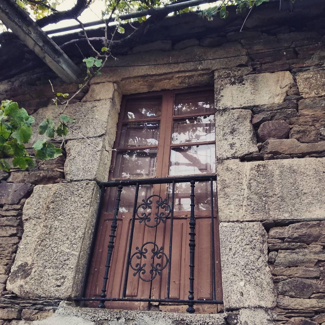 Casa de piedra – en O Corgo
