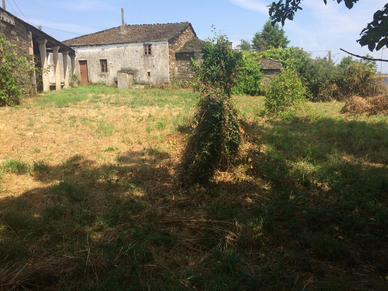 Casa de piedra – en Mougán (Guntín)