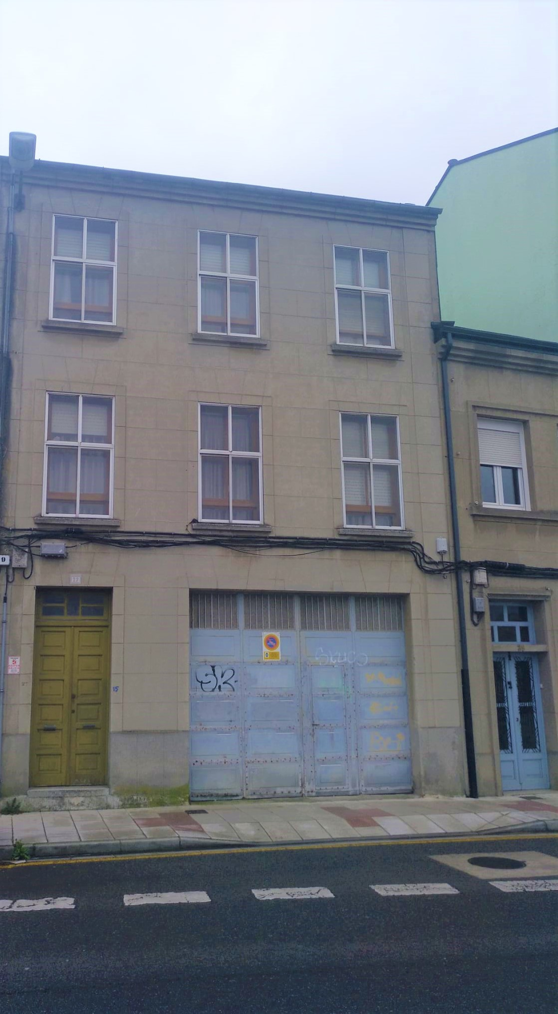 Edificio – en Calle Infanta Elena (Lugo)