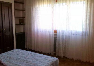 Habitación suite con armario empotrado