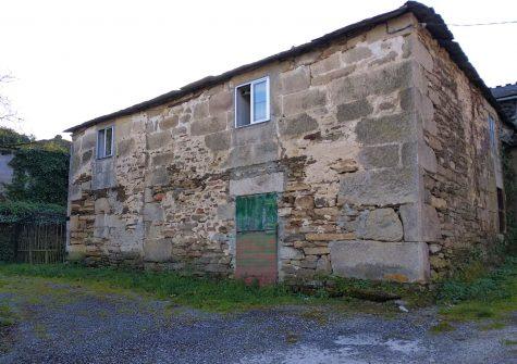 Casa de piedra para restaurar – en Portomeilán (Lugo)
