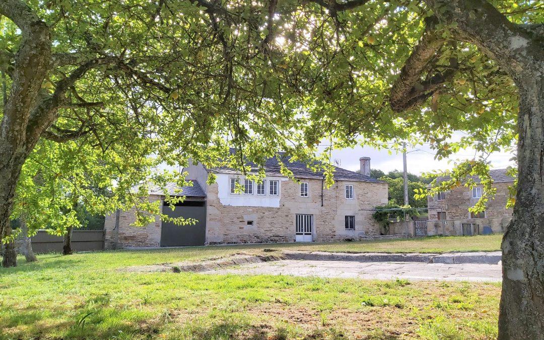 Casa de piedra – en Ousá (Friol)