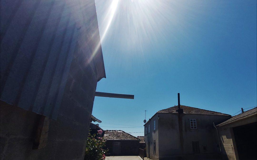 Casa de piedra con parcela – en Coeses (Lugo)