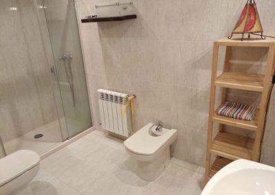 Baño completo planta alta