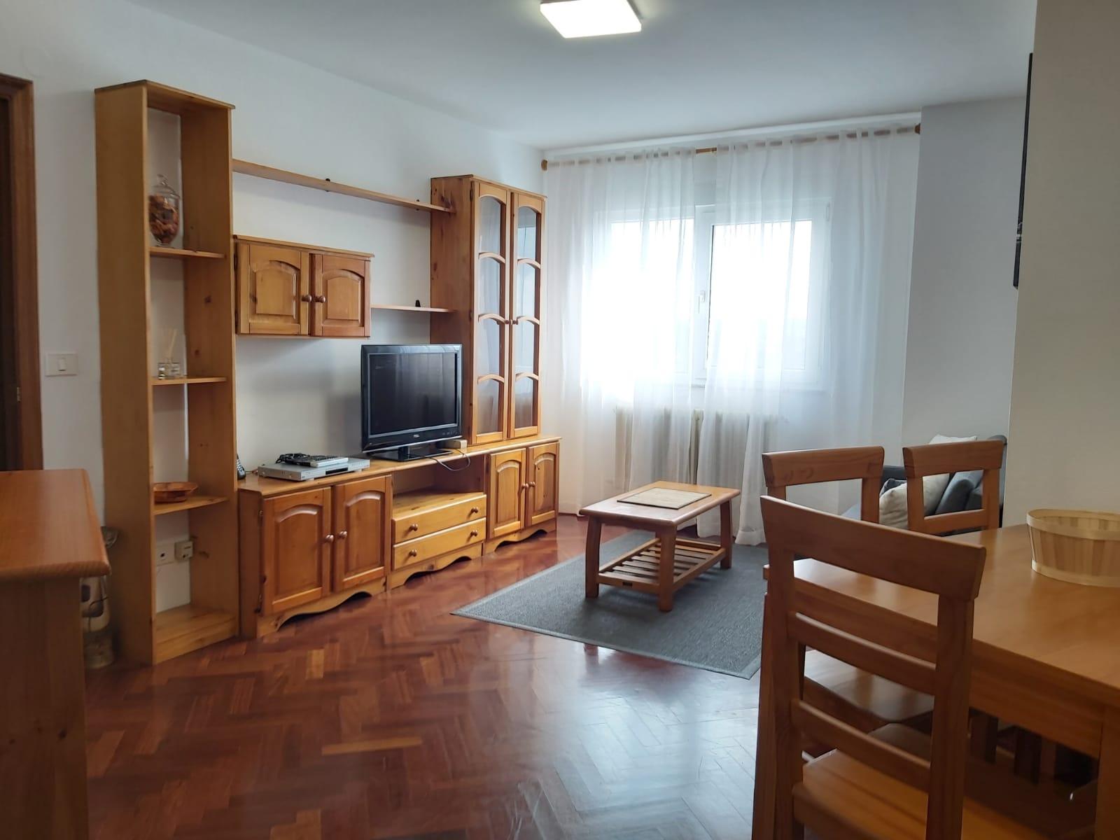 Apartamento en alquiler – en Barrio A Residencia (Lugo)
