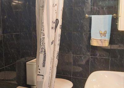 Baño suite con bañera