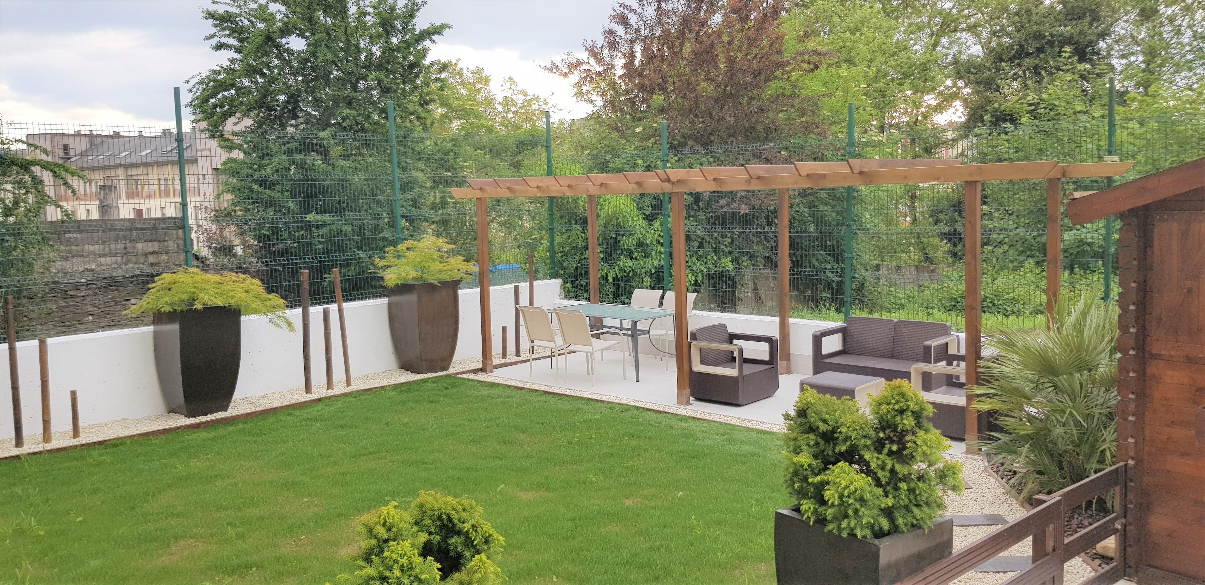 Piso completamente amueblado con jardín – en Calzada das Gándaras (Lugo)